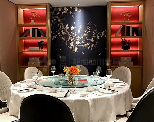 餐厅家具厂家对于漆酒柜的设计进行介绍