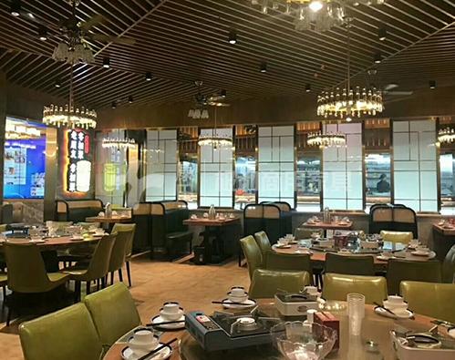 对于餐厅家具中餐厅沙发的选择